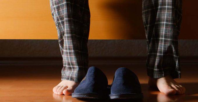 Best Velcro Shoes for Elderly Women & Men