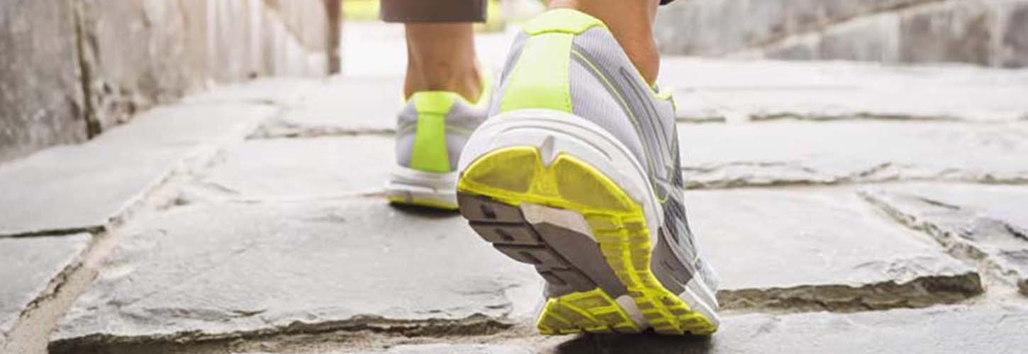 Best Men's Shoes for Neuropathy